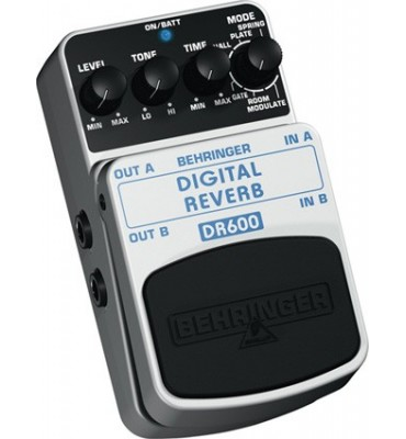 BEHRINGER - DR600 Stereo Digital Reverb effetto a pedale per chitarra