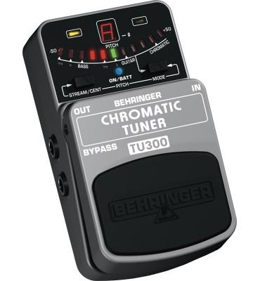 BEHRINGER - TU300 Accordatore Cromatico Effetto a pedale per chitarra