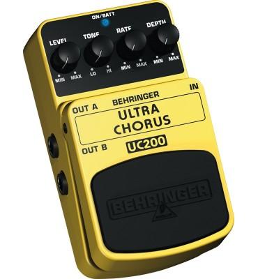 BEHRINGER - UC200 ULTRA CHORUS Effetto a pedale per Chitarra